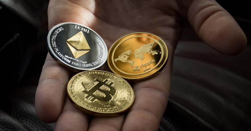risks that come with cryptocurrencies image